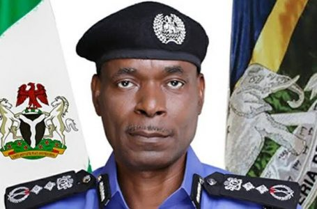 Nigeria Police Force Deploys Helicopter To Stop The Looting Of Warehouses In Abuja, By Angry And Oppressed Youths Under President Buhari's Watch