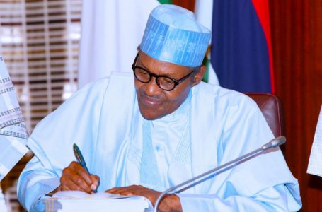 BREAKING: President Buhari Locks Down The Entire Country From Midnight Of May 10, Completely Bans Nightclubs, Gyms, Other Social Gatherings, Untill Further Notice, To Prevent The Spread Of Covid-19, Despite No Increase In Deaths
